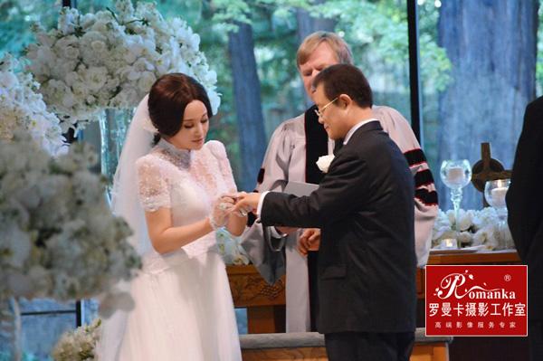刘晓庆结婚照